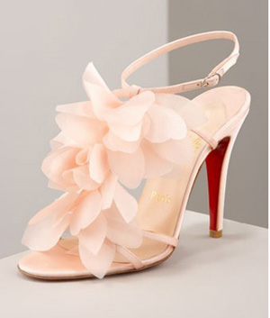 Crepe Petals Sandals in Pink