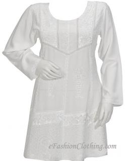 Short dresses set mercury soaring this season !