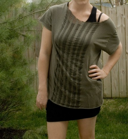 Shredded TShirt Reversible In Forest Green